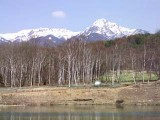 まるやち湖から横岳・阿弥陀岳を望む