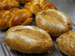 くるみレーズンパン